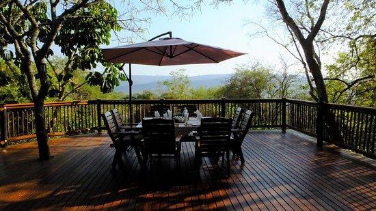 breakfast-deck